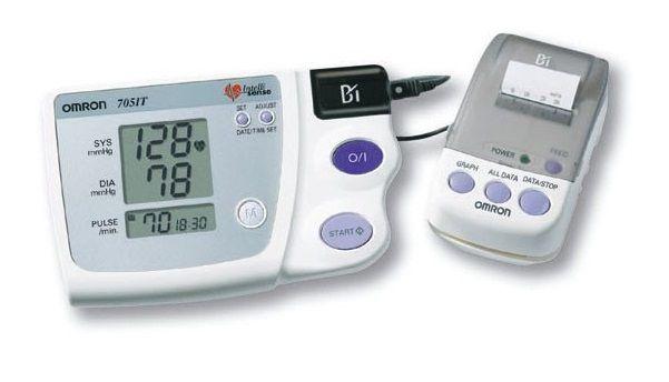 Tensiómetro electrónico de brazo Omron 705CPII con impresora