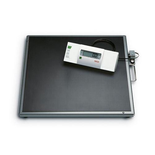 Báscula electrónica de plataforma y adiposidad Seca 635